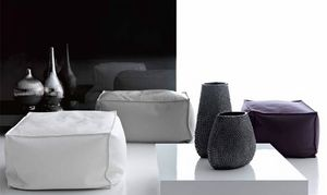 King Pouf, Leder-Sitzpuff für Lounge-Bereich
