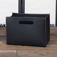 B-01, Zeitschriftenständer Tasche in Leder, Holzsockel mit Füßen