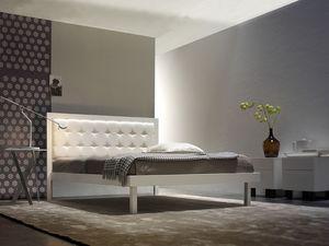 Maxi Doppelbett, Eisenbetten, handgemacht, gesteppten Kopfteil