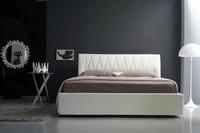 Gilda Doppelbett, Linear gepolsterte Bett mit gesteppten Kopfteil, verschiedene Farben