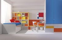 Comp. 113, Kompaktes Zimmer für Kinder, Grundfarben, die Liebe zum Detail