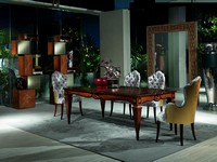 TA48 Accademia, Holztisch mit Handwerkzeugen eingerichtet, Luxus-Esszimmer