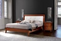 Art. 396 Vivre Bett, Klassisches Bett gehauen, mit Kopfteil in Leder bezogen