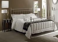 Inglese Bett, Messing Doppelbett mit handpolierten Oberflächen