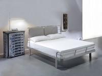 Bauhaus, Doppelbett mit Metallstruktur