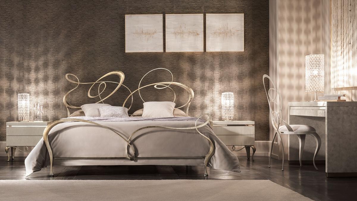 Doppelbett im Flach gezogen Eisen, lasergeschnittenen Oberflächen ...