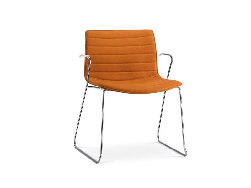 Catifa 53 0227, Stuhl auf Kufen mit Armlehnen, in Metall, gepolstert
