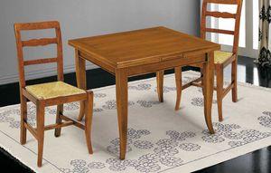 Art. 63, Holztisch mit ausziehbarer quadratischer Platte