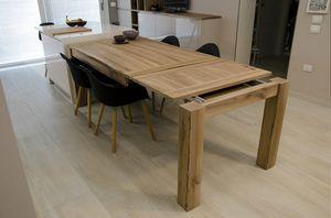 Eva Tisch, Ausziehbarer Tisch aus Massivholz