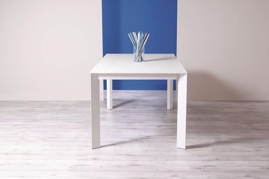 Ausziehbarer Tisch aus Metall und Holz   IDFdesign