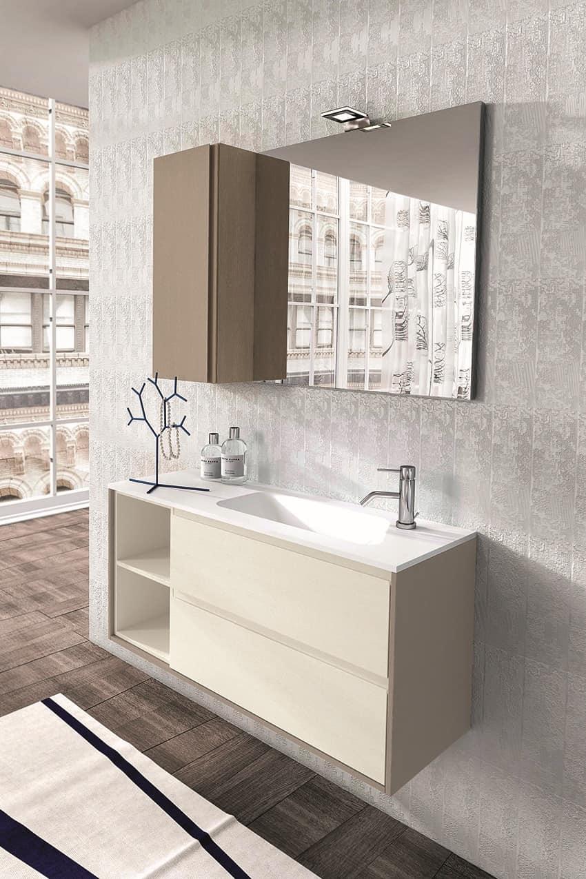 badezimmerm bel aus eichenholz mit spiegel und wandschrank. Black Bedroom Furniture Sets. Home Design Ideas