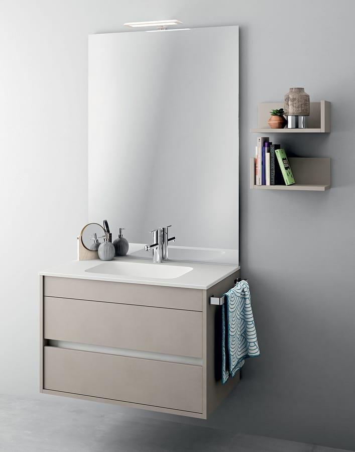Monobloc Möbel mit Spiegel für kleine Badezimmer | IDFdesign