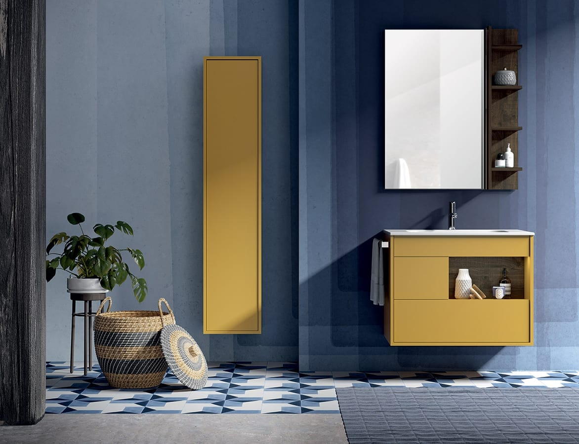 Badezimmerschrank mit Spiegel und Schrankwand | IDFdesign