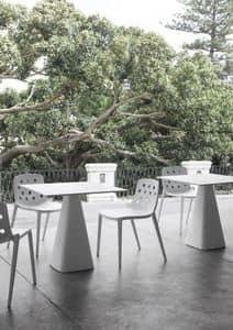 runder tisch mit lackiertem aluminium grund idfdesign. Black Bedroom Furniture Sets. Home Design Ideas