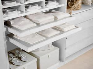 Ausstattung Intern 01, Schubladen und Hemden stehen, für Schränke