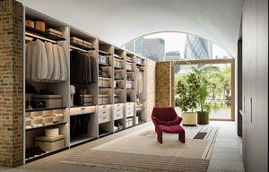 Shop, Eleganter und malerischer begehbarer Kleiderschrank