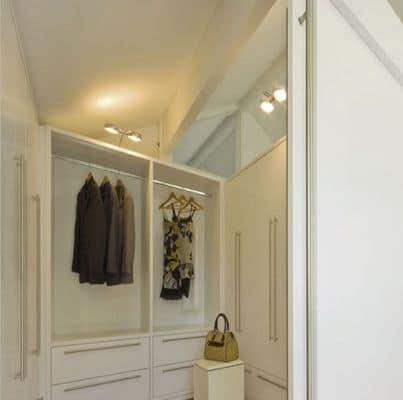 umkleideraum as design. Black Bedroom Furniture Sets. Home Design Ideas