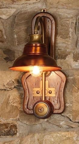 Art. SL 137, Wandleuchte aus Holz und Kupfer, Landhausstil gemacht