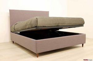 Simple, Einfaches Bett mit einem quadratischen und sauberen Kopfteil