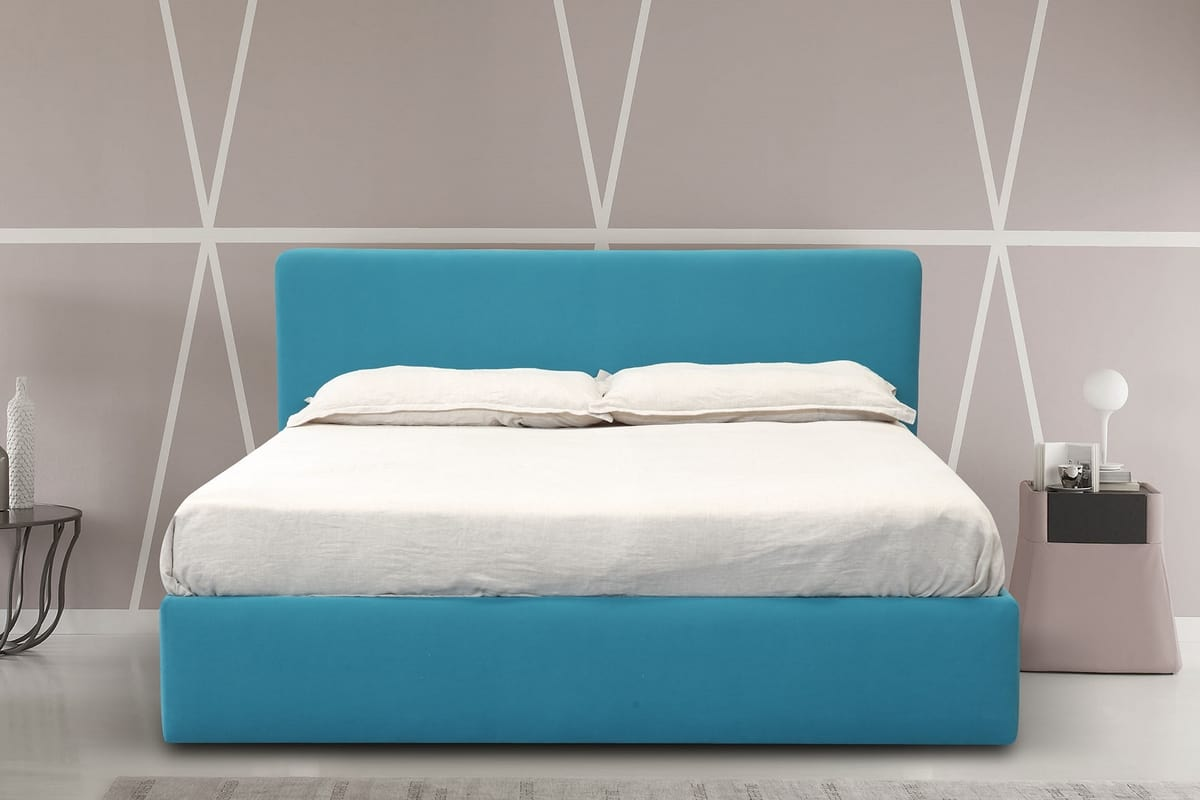 bett mit gepolstertem kopfteil mit ablage idfdesign. Black Bedroom Furniture Sets. Home Design Ideas