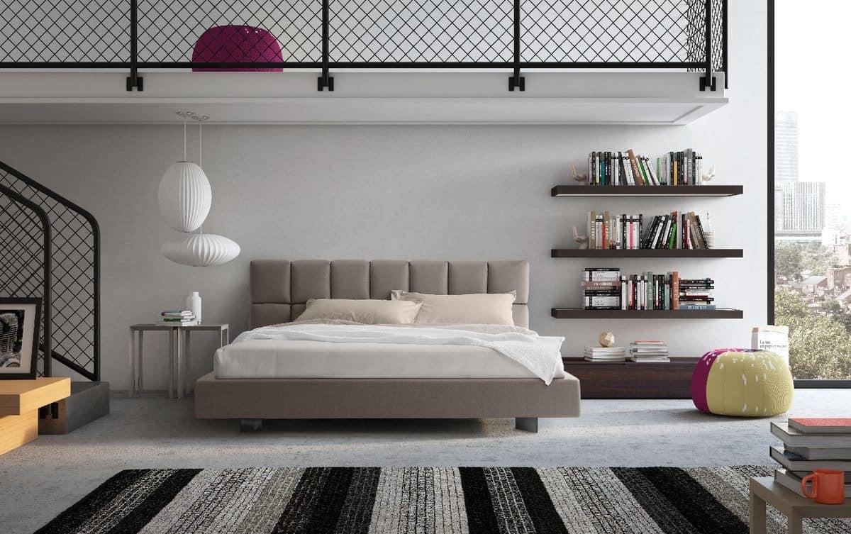 mit gepolstertem kopfteil und funktionelle f r die. Black Bedroom Furniture Sets. Home Design Ideas