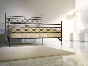 Double bed Incanto, Bügeleisen Doppelbett mit klassischen Dekorationen