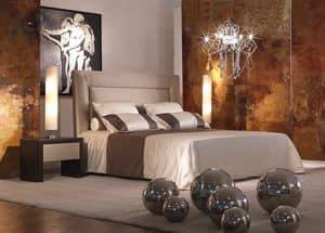 Enea, Bett mit gepolstertem Kopfteil, das kann mit floralen Elementen verziert werden