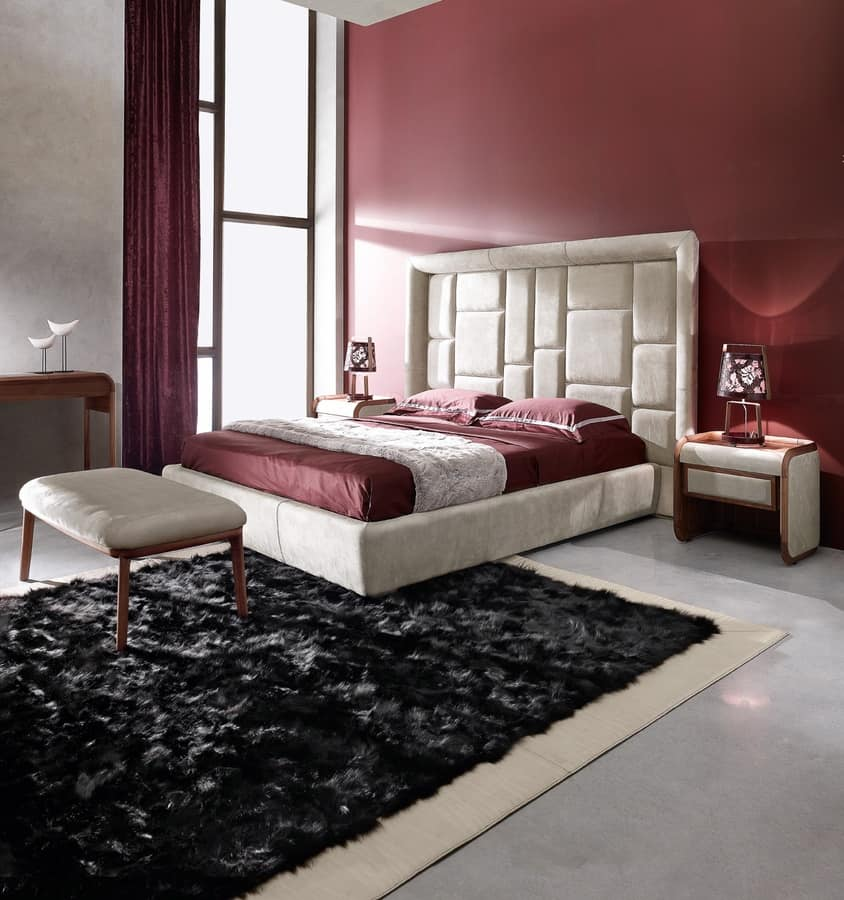 bett mit gro en kopfteil gepolstert in leder oder stoff. Black Bedroom Furniture Sets. Home Design Ideas