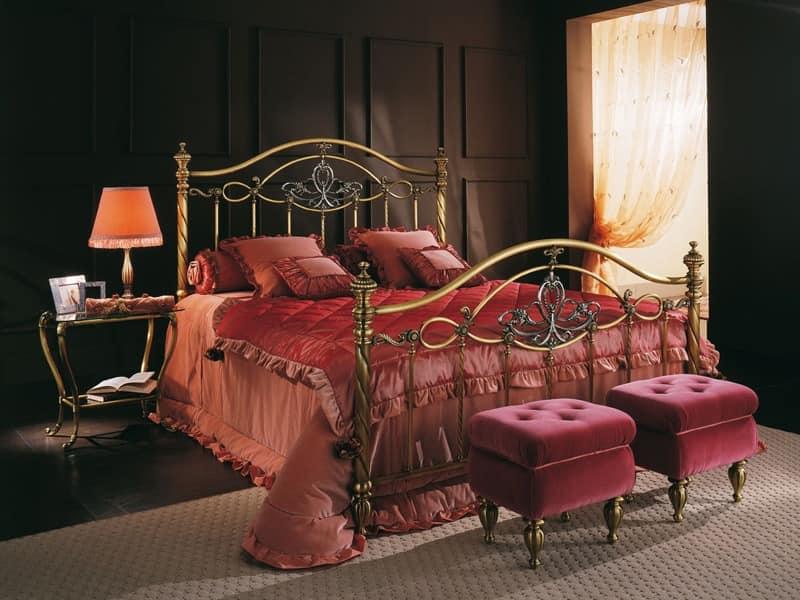Doppelbett, in Messing für Hotel Room | IDFdesign