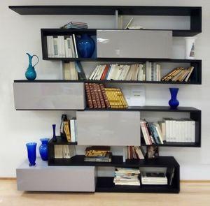 Serpentina Bücherregal, Bücherregal mit lackierten Türen