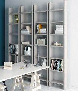 Step – Mood 5, Bücherregal mit einem wesentlichen Design