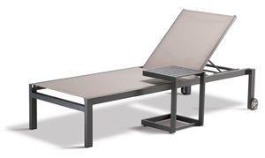 FT SANTIAGO, Outdoor-Tisch mit rutschfesten Füßen