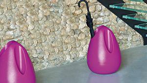 Plomb, Schirmständer von Karim Rashid entworfen