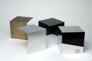 Bespoke Metalloberflächen, Metallbearbeitung, individuelle Möbel, völlig kunden