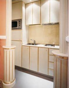 Hotel Residence Romana Kitchen, Eigene Küche für die Residenz, aus hellem Holz dekoriert