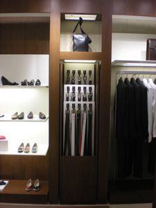 Maßgeschneiderte Display-Einheit für Bekleidungsgeschäft, Metall-Display-Elemente für Geschäfte