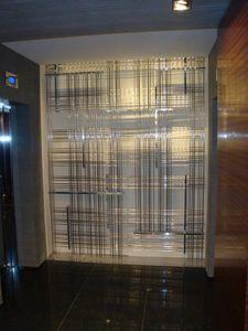 Maßgeschneiderte Raumteiler aus Messing, Dekorative Metalltrennwand