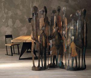 Family, Dekorativer Bildschirm aus Blech mit Silhouetten von menschlichen Figuren