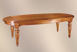 193, Ovaler Tisch mit gedrechselten Beinen