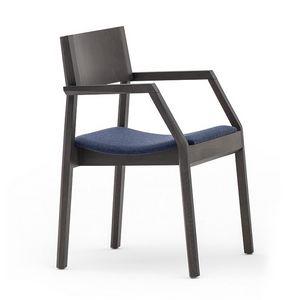 Maki 03722, Sessel aus Holz mit gepolstertem Sitz