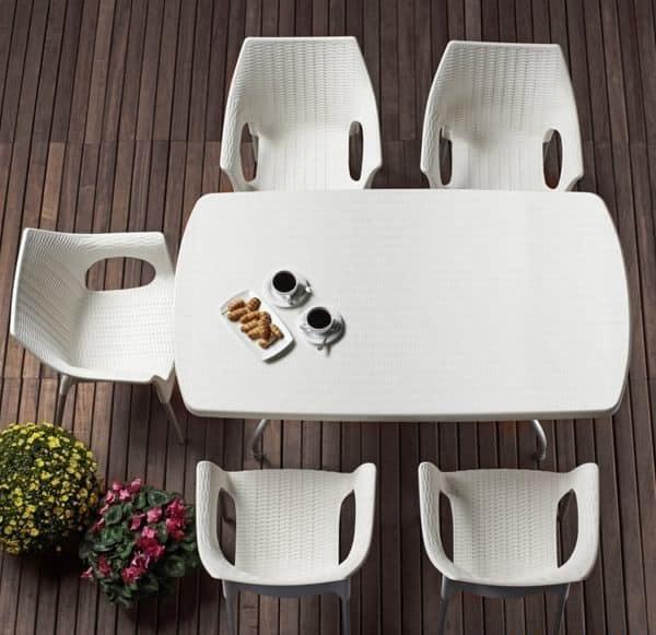 Olimpia, Sessel aus Technopolymer und Aluminium, stapelbar