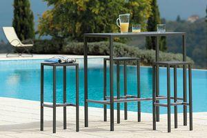Seaside, Außentisch aus verzinktem Stahl