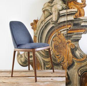 Breganze, Stapelbarer Stuhl mit abgerundeter Rückenlehne