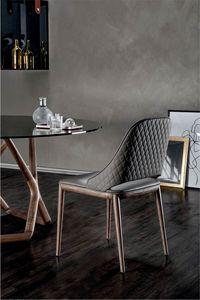 MALVA ÉLITE, Stuhl mit Holzrahmen und Rautenmuster auf der Rückseite