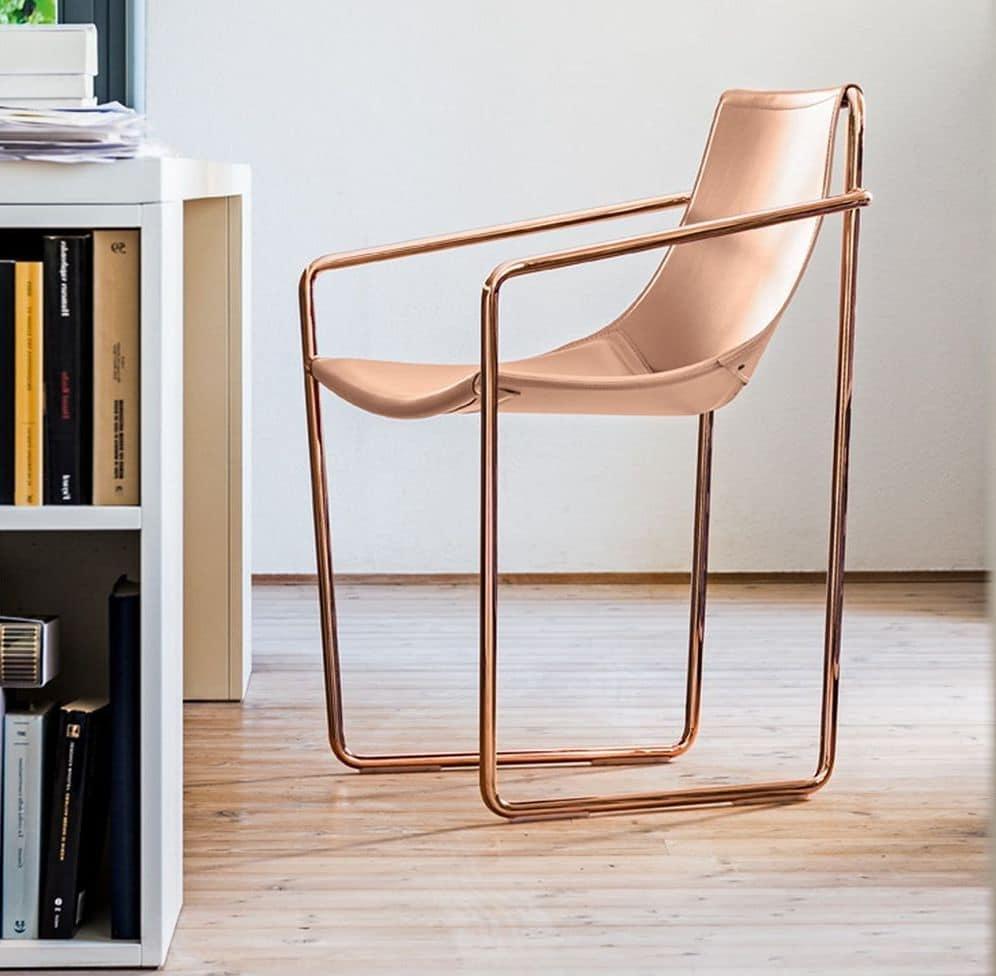 Stuhl mit kufen in metall und naturleder idfdesign for Design stuhl mit kufen