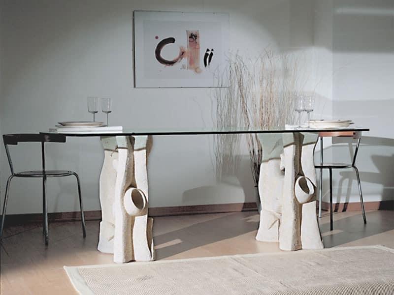 Magellano, Esstisch mit Platte aus Glas und Boden aus Stein