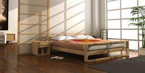 Linear, Holzbett mit Fußbrett