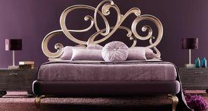 Viola Art. 930, Bett mit geschnitzten Kopfteil in Voluten aus Massivholz