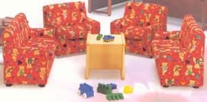 LILLI, Kleine Kindersessel, mit bunten Stoff bezogen, für Kinderbett und Kindergärten