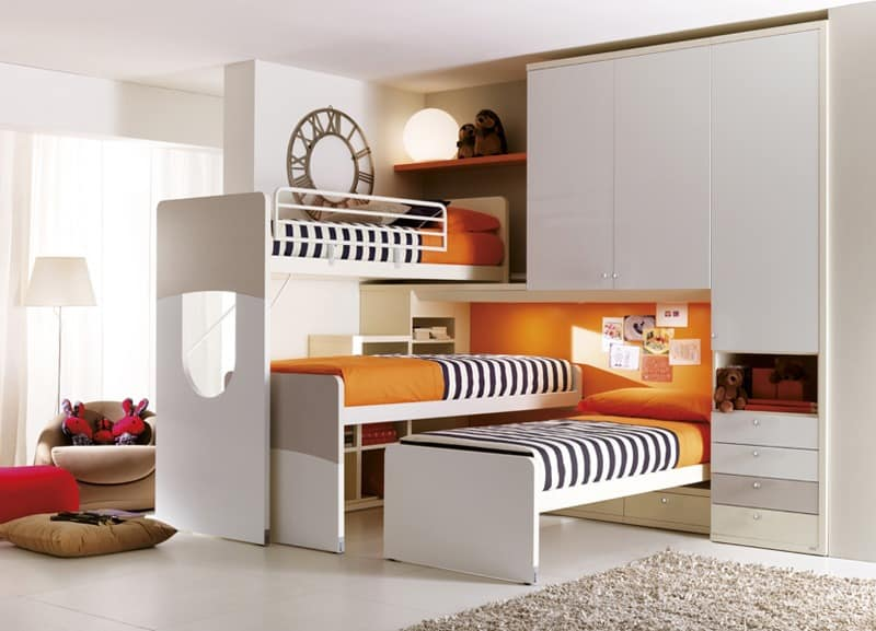 m bel f r kinderzimmer bett mit paravent kopfteil idfdesign. Black Bedroom Furniture Sets. Home Design Ideas